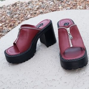 Skechers EUC vintage 90's sexy sandals platforms